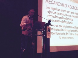 El Dr. JC Garmendia en un momento de su exposición