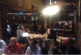 DUO 16. Un momento de la cena de la reunión en la Cofradía Gastronómica