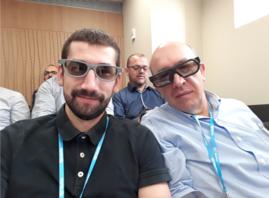 Los Drs. Recio y Sanz Jaka atentos a la pantalla