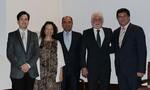 El Dr. L Labairu junto a la Directora de Tesis la Dra. Fernanda Lorenzo y los Drs. Venancio Chantada
